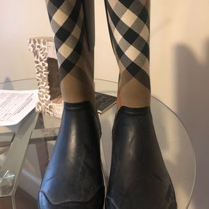 Authentic Burberry rain boots Burberry Brit